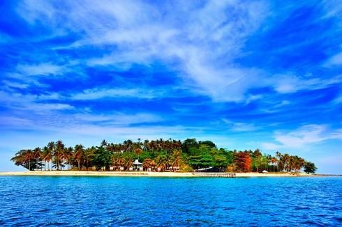 Pulau Derawan, Derawan island